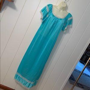 Vtg Erica-Loren turquoise blue nylon nightgown